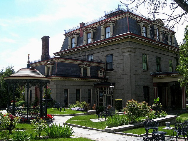Exterior shot of mansion in Fall River MA