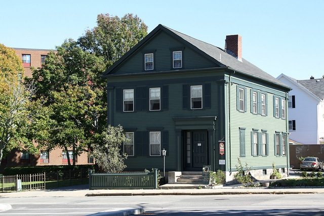 Modest green home in Fall River MA belonged to Lizzie Borden
