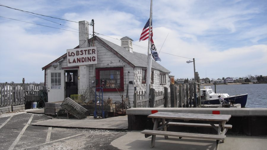 Recharge Your Soul in Clinton and Madison CT- With The Best Lobster Roll in New England