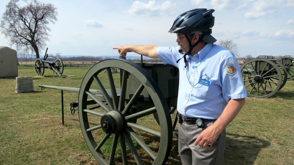 Gettysburg Battlefield guide pointing out troop movements. Gettysburg National Monument, Gettysburg, PA #MyGettysburg #FindYourPark @GetawayMavens