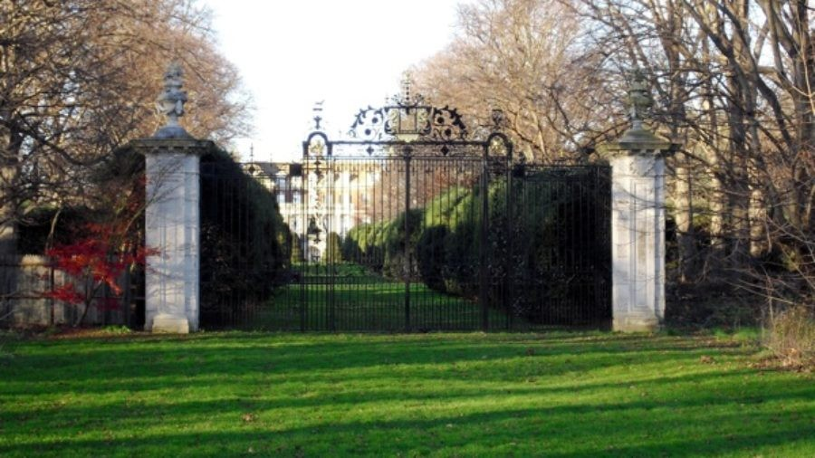 Gatsby's Long Island, NY; How the Other .001% Lived During the Gilded Age