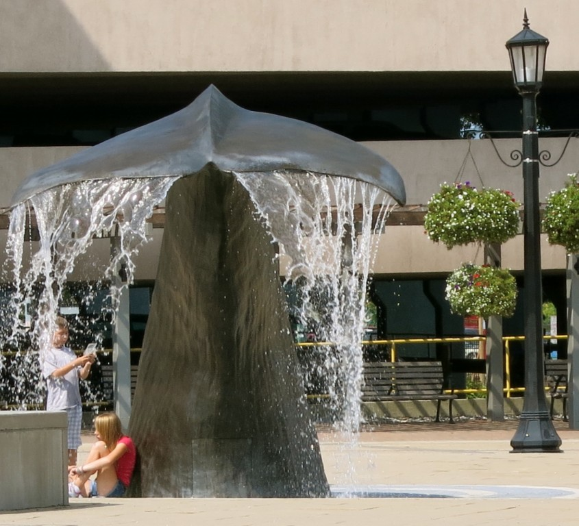 New London CT Whale Tale Fountain