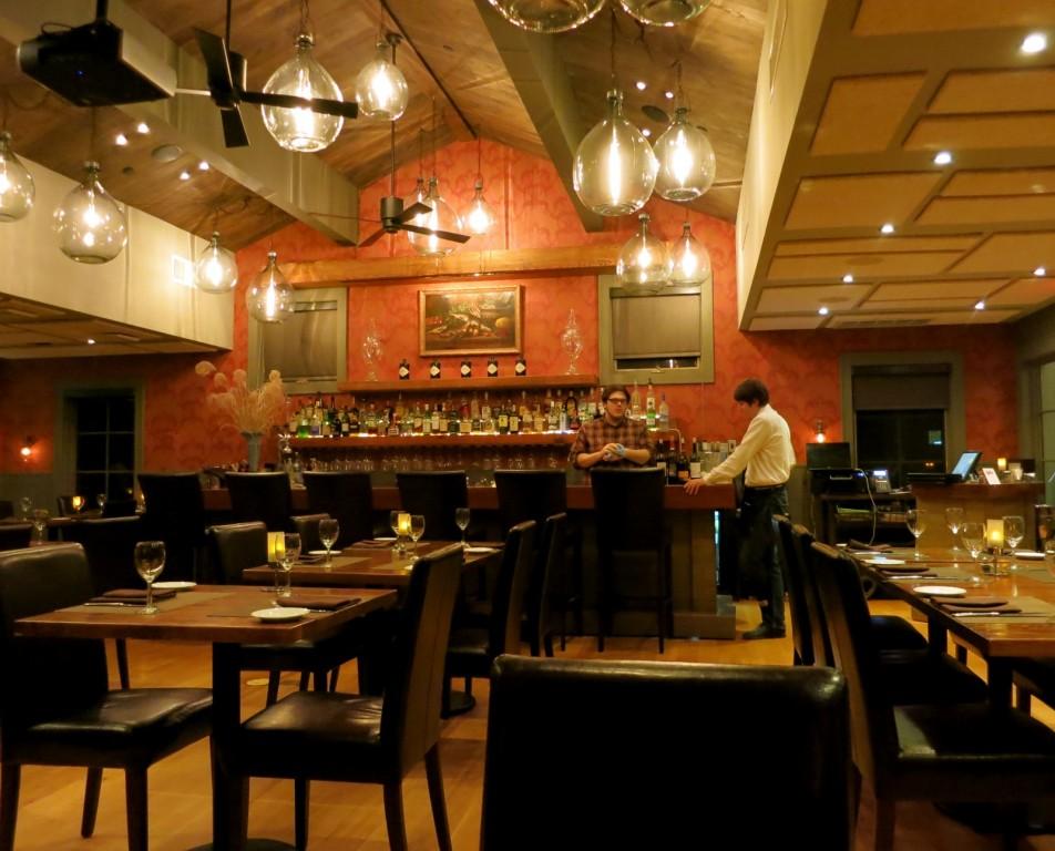 Henrys Restaurant - Buttermilk Falls Inn