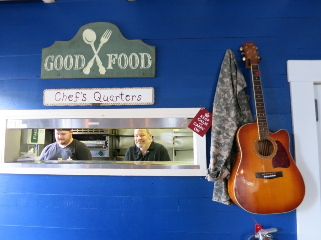 Musical Chef Mo at Mallards on the Wharf, Onancock VA