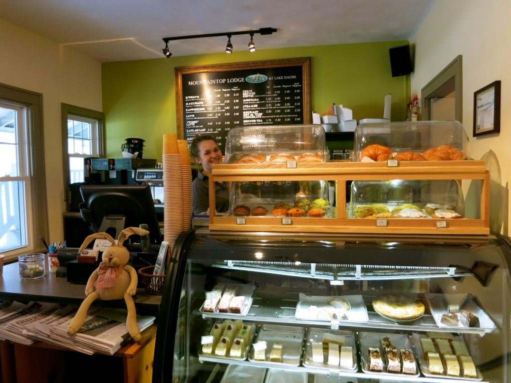 Mountaintop Lodge Coffee Shop, Poconos PA