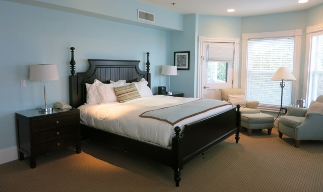 Waterfront suite, Harbor View Hotel, Edgartown: Marthas Vineyard MA