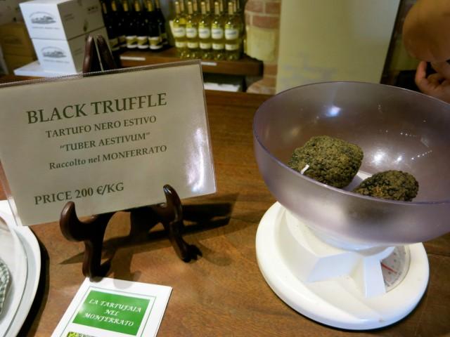 Black Truffle For Cooking Class at Castello Di Razzano