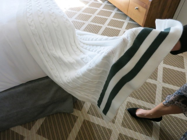 Dartmouth Sweater Throws Hanover Inn