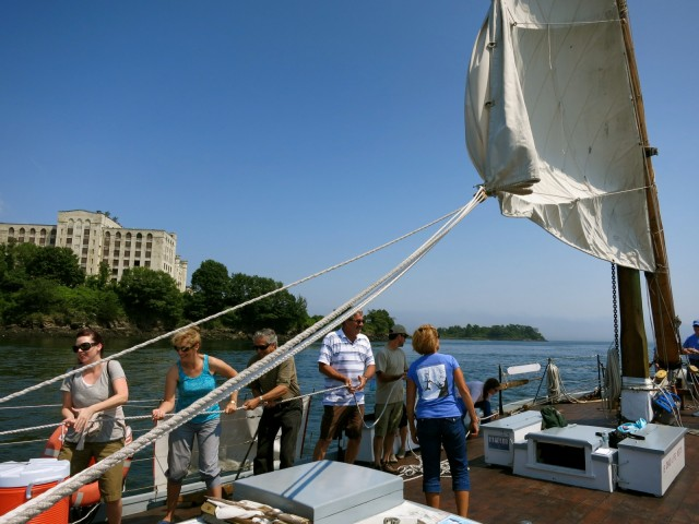 Heave-Ho on the Gundalow; Portsmouth NH