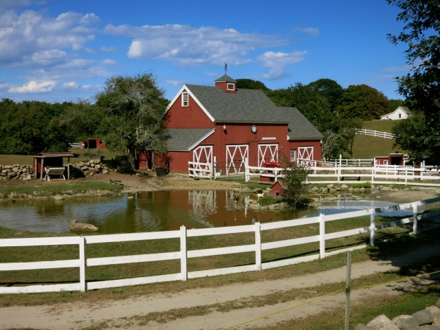 Beacon Hollow Farm