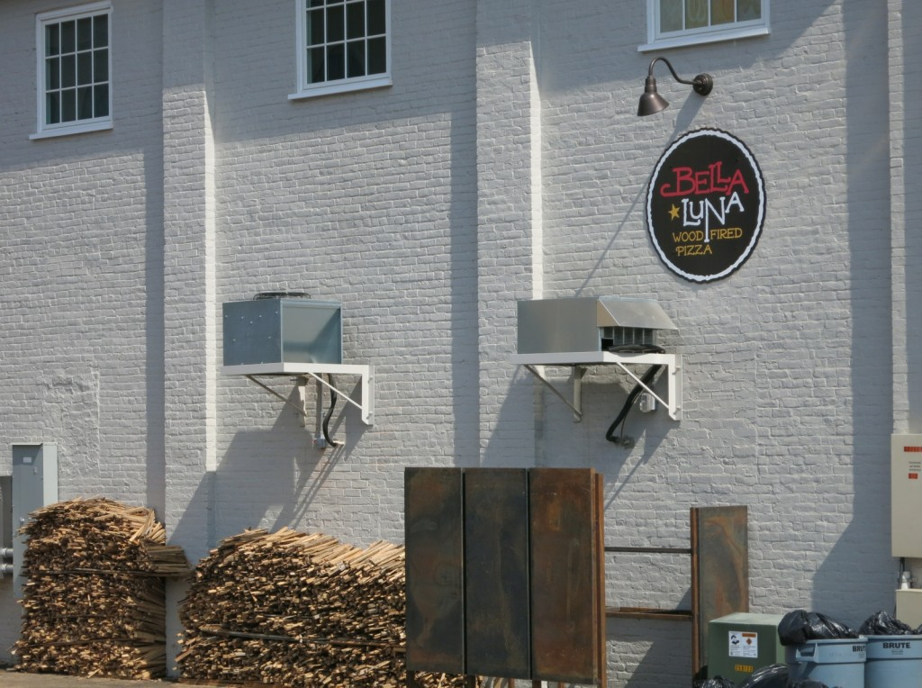 Bella Luna Wood Fired Pizza Harrisonburg VA
