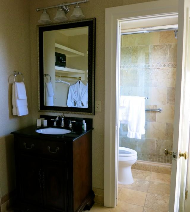 Updated bathroom at The Martha Hotel, Abingdon VA