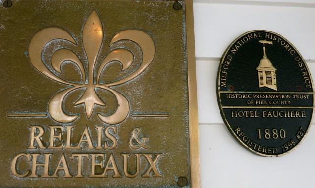 Relais and Chateaux Plaque