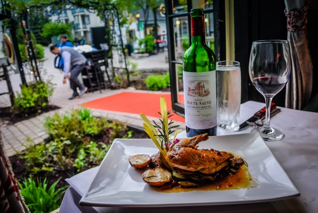 Wine and wild game entrée - L'Avalanche Bistro Lounge -  Mont Tremblant