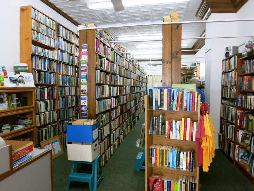Harbor Books, Old Saybrook CT