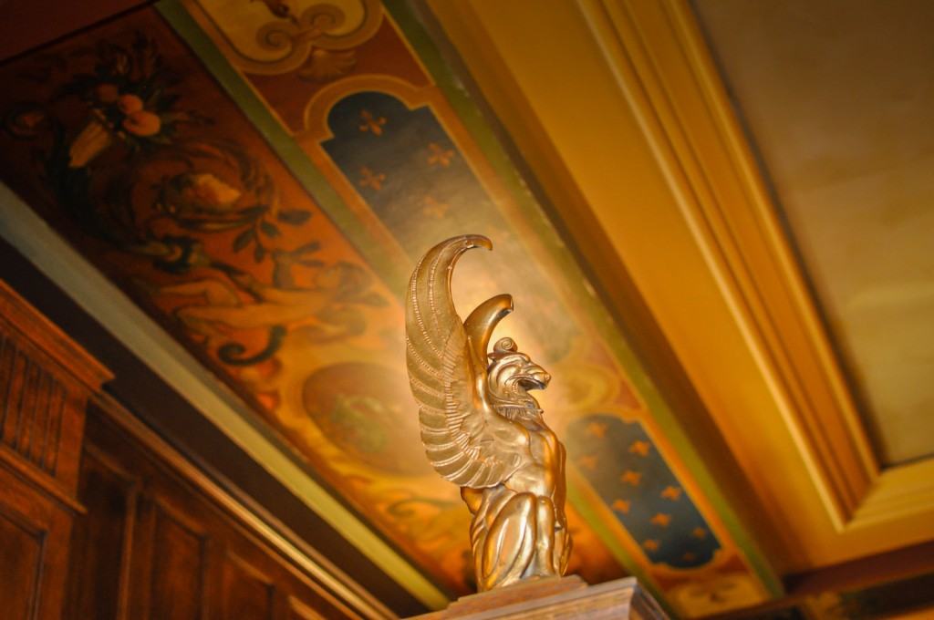 Château Frontenac painted ceiling