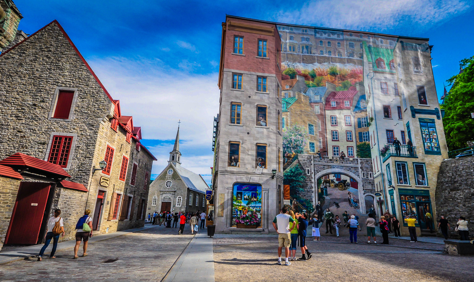 The historical romance of quebec city getaway mavens for Mural quebec city