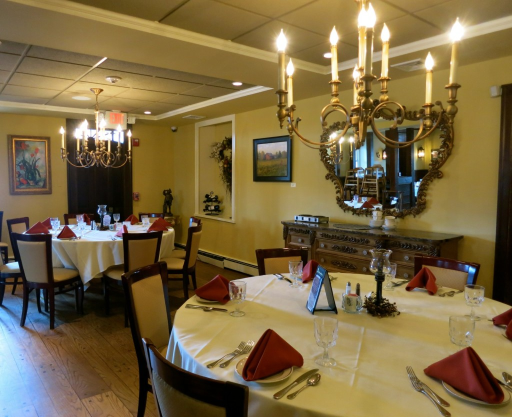 Plumsteadville Inn Fine Dining Room, PA