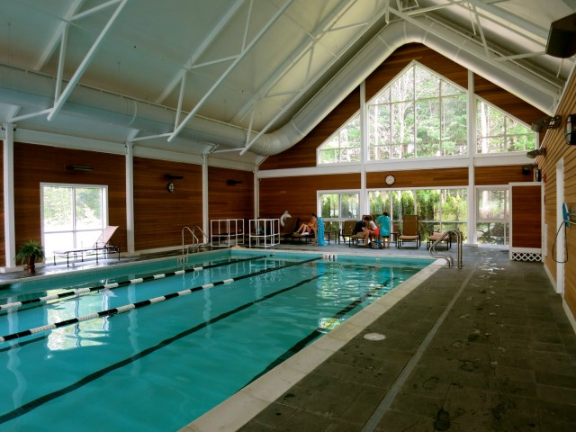 Essex Resort Indoor Pool