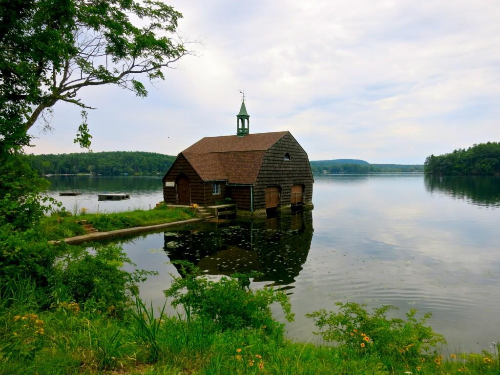 Twin Lake CT Boathouse