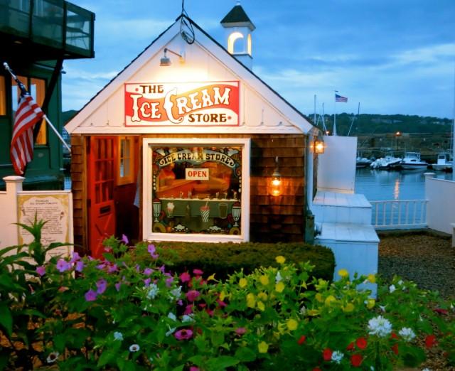 The Ice Cream Store, Rockport MA