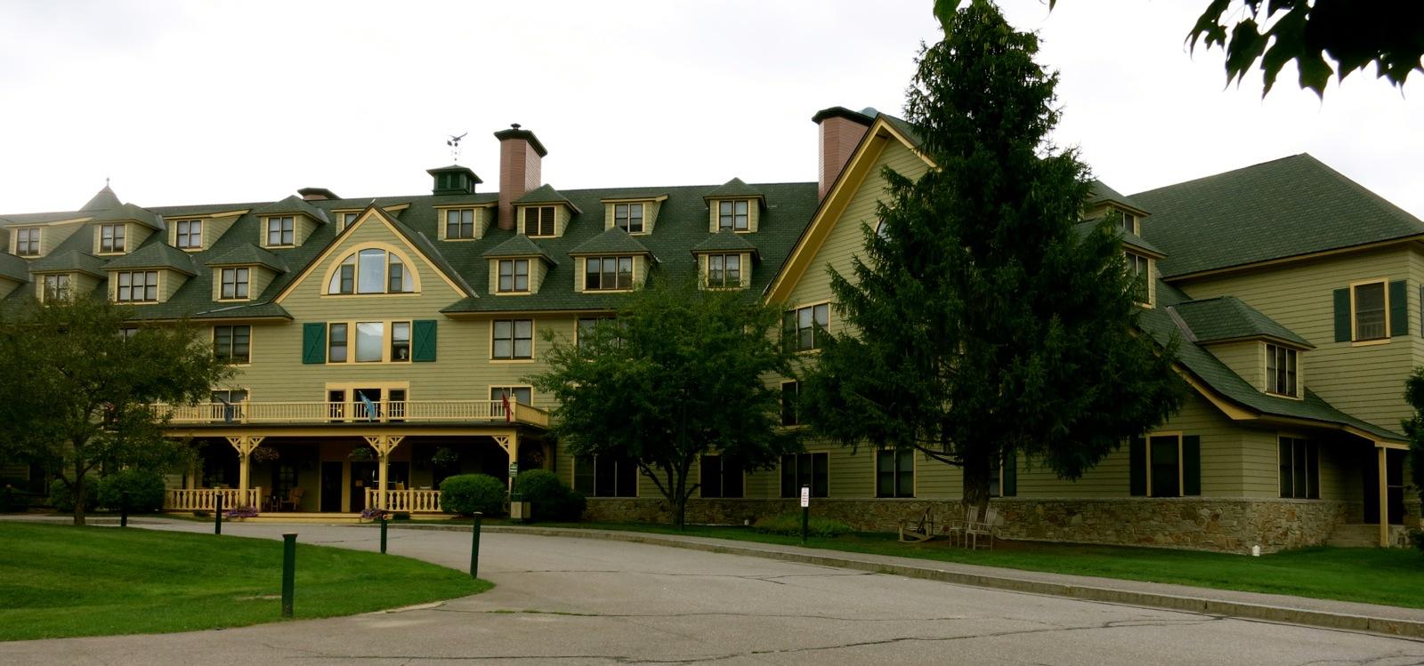 Gold Eagle Lodge