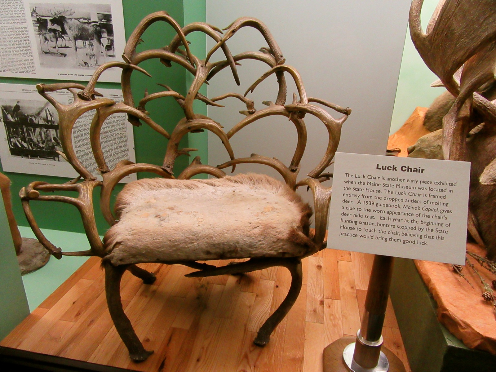 Exceptionnel Luck Chair, Maine State Museum, Augusta ME