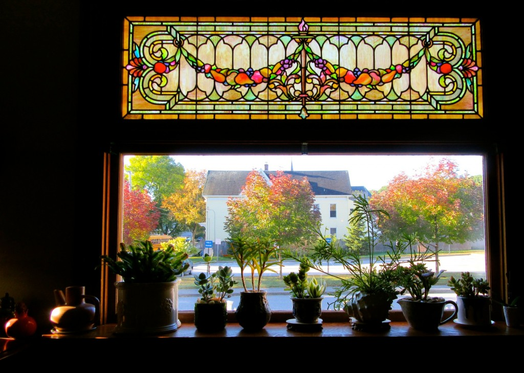 The Munroe Inn, stained glass, Auburn ME