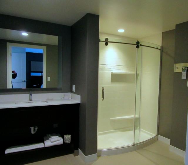 Double Shower, Residence Inn by Marriott, Bangor ME