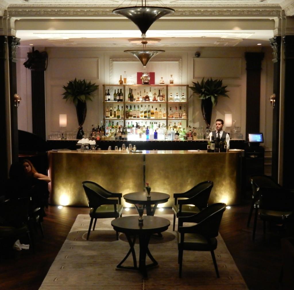 Two E Lounge - Pierre Hotel