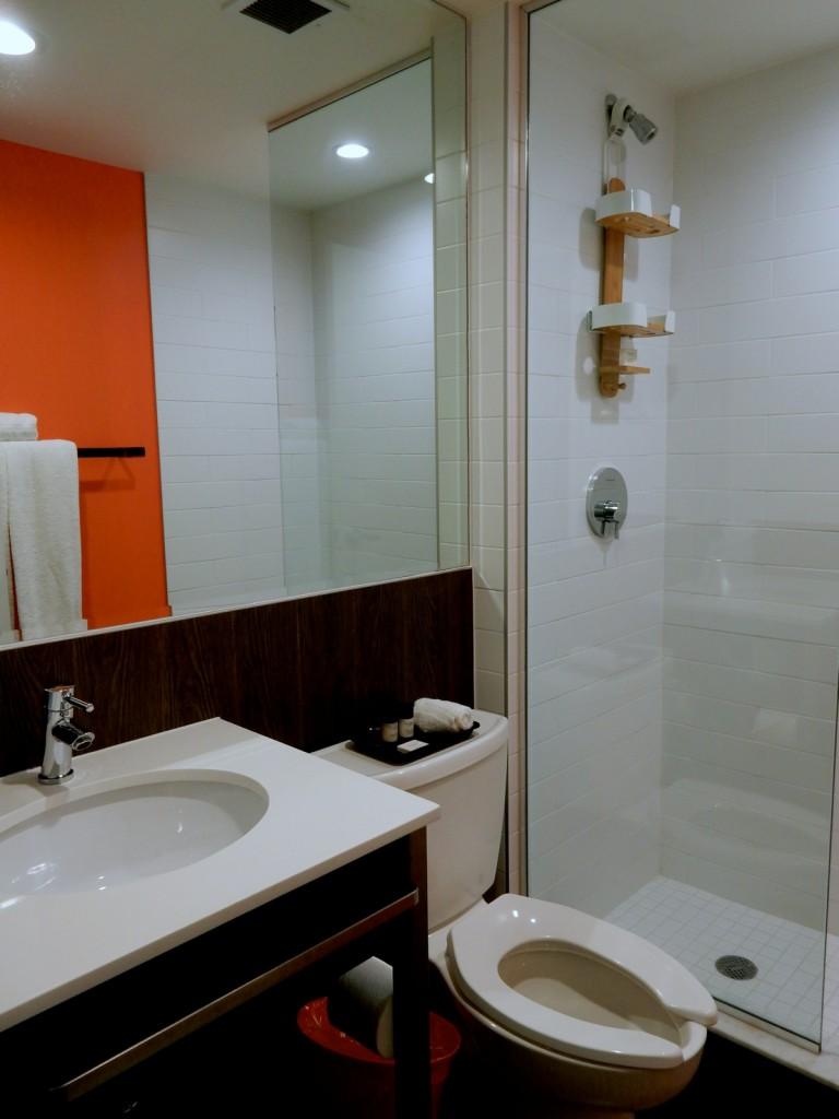 BKLYN House Hotel Bathroom NY