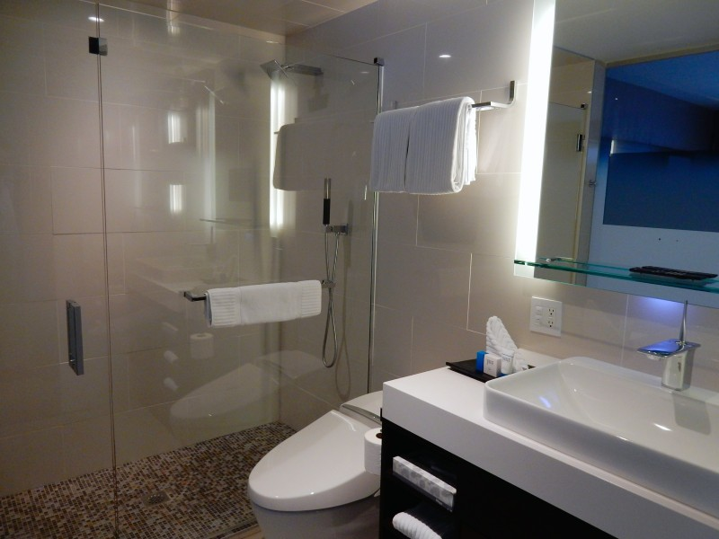 Bathroom, J-House Greenwich CT