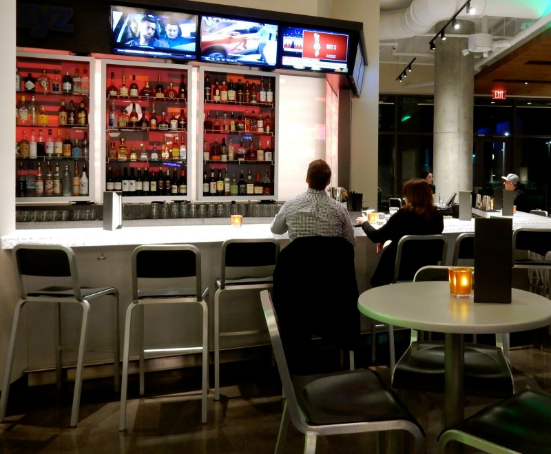 WXYZ Bar, Aloft Boston Seaport