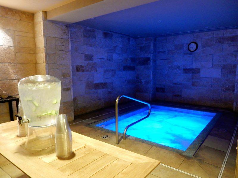 Hot Tub at Minerale Spa, Lansdowne Resort, Leesburg VA