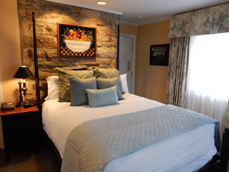 Lake Cottage Guest Room, Airlie Resort, Warrenton VA