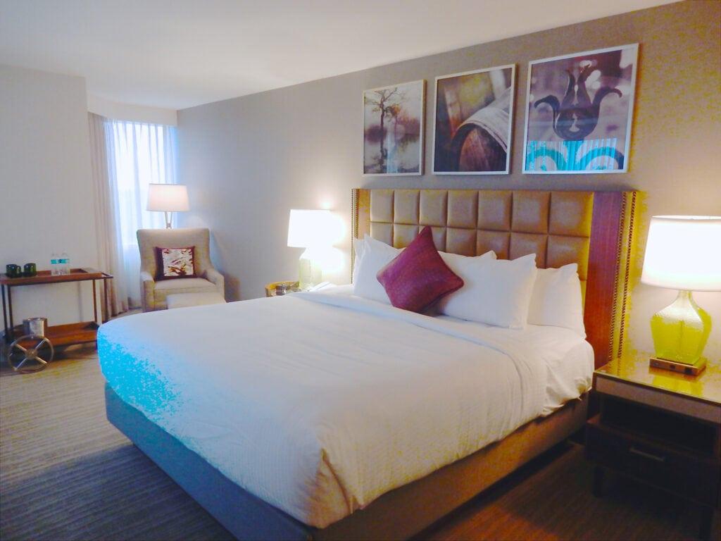 Lansdown Resort Guest Room