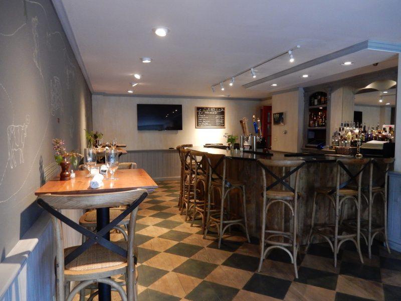 Four Columns Inn Tavern, Newfane VT