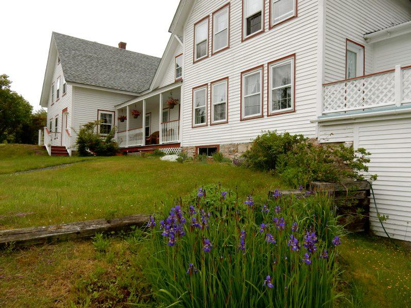 Farmhouse guesthouse at Arcadia's Oceanside Meadows Inn