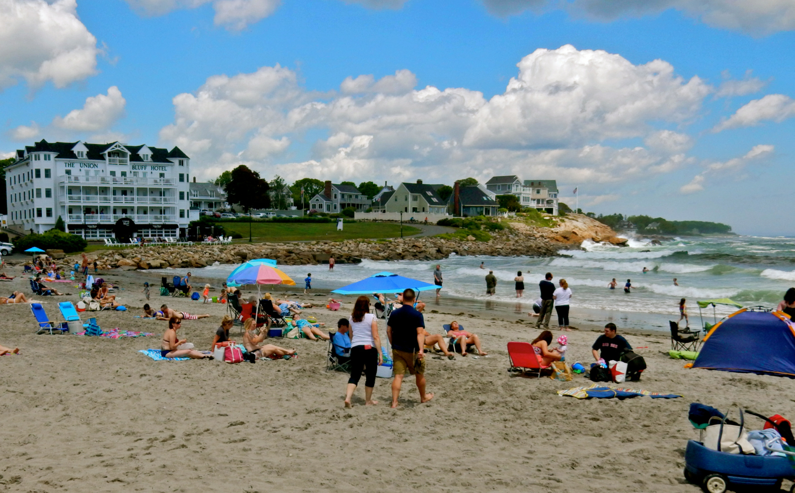 york beach York beach is a village within the town of york, maine, united statesthe york beach area consists of long sands and short sands beaches on.