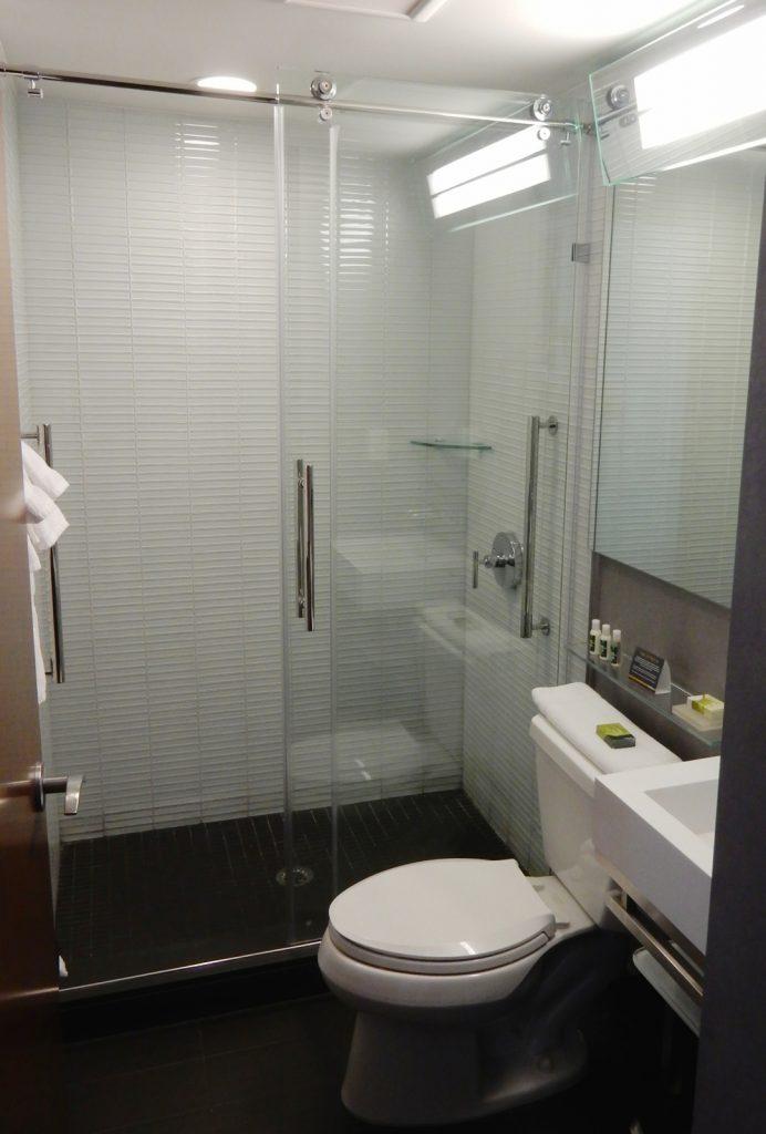 Bathroom, Cambria Hotel Chelsea