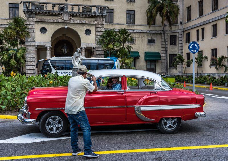 Vintage Car - Hotel Nacional de Cuba