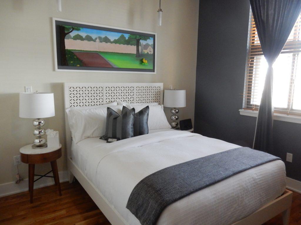 Henry Norman - Room - Norman Hotel