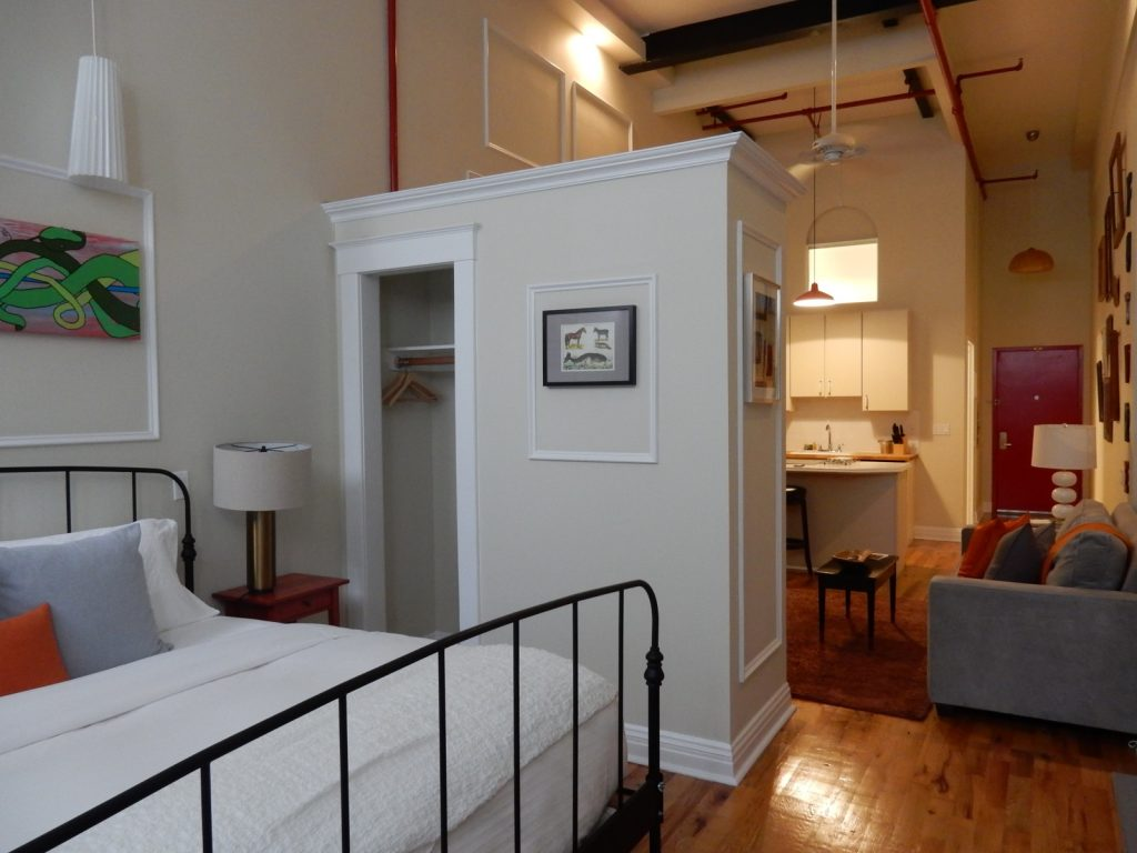 Box Hotel Suite