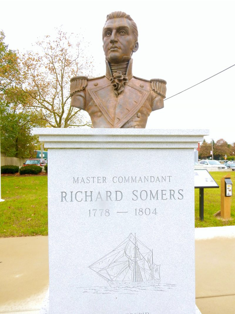 bust-of-richard-somers-somers-point-nj