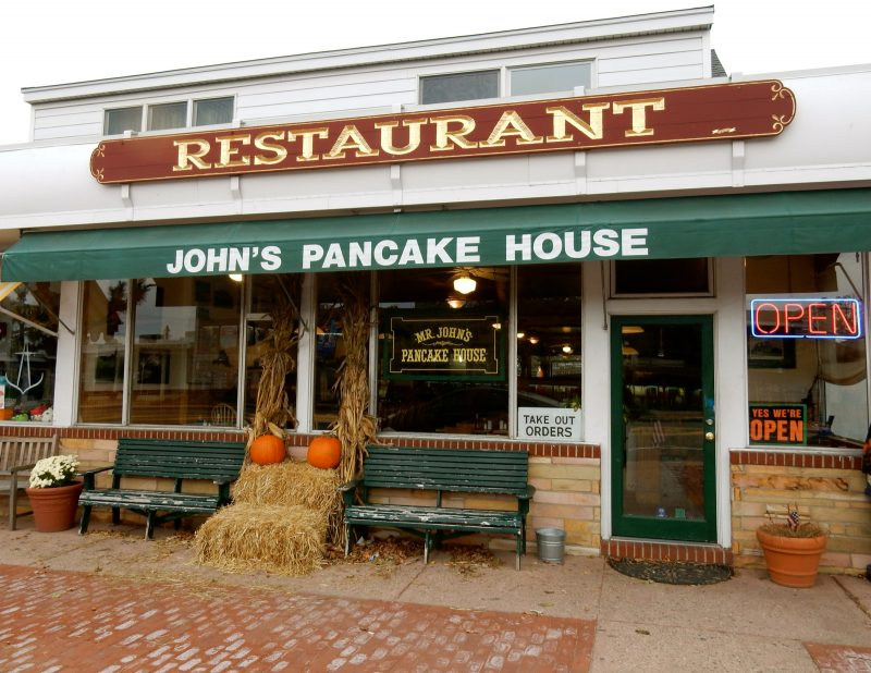 johns-pancake-house-montauk-ny