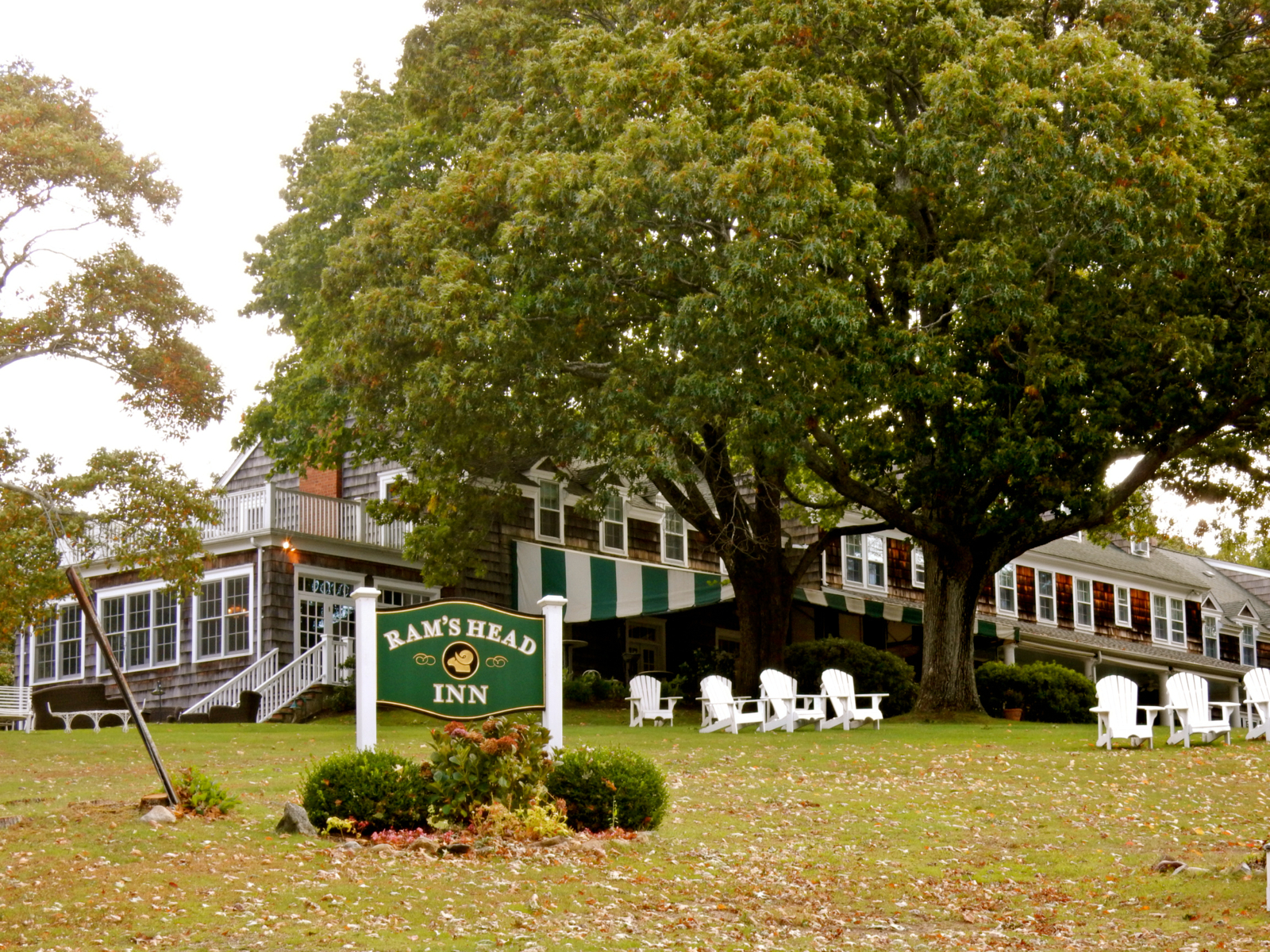 Shelter Island Drive Hotels