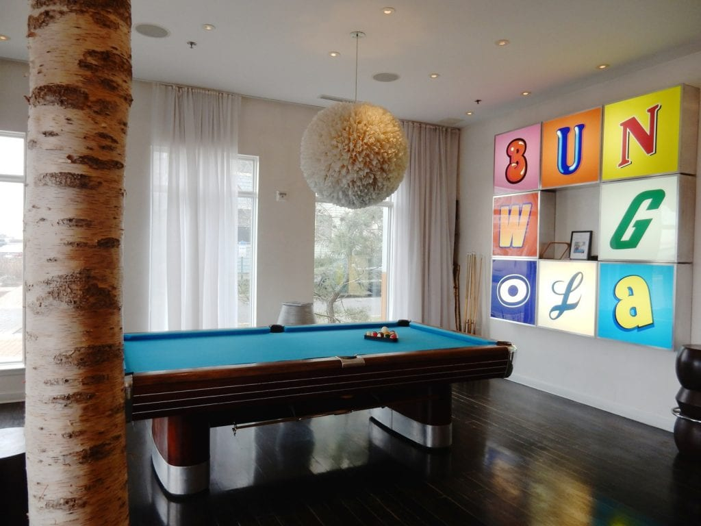 Lobby with Pool Table, Bungalow Hotel