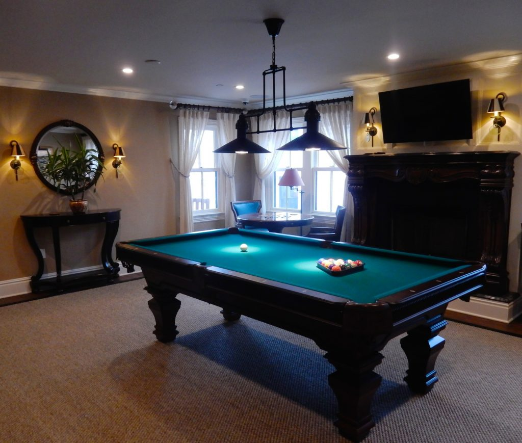 Billiards at Tall Tales, Saybrook Point Inn and Spa, Saybrook Point, CT