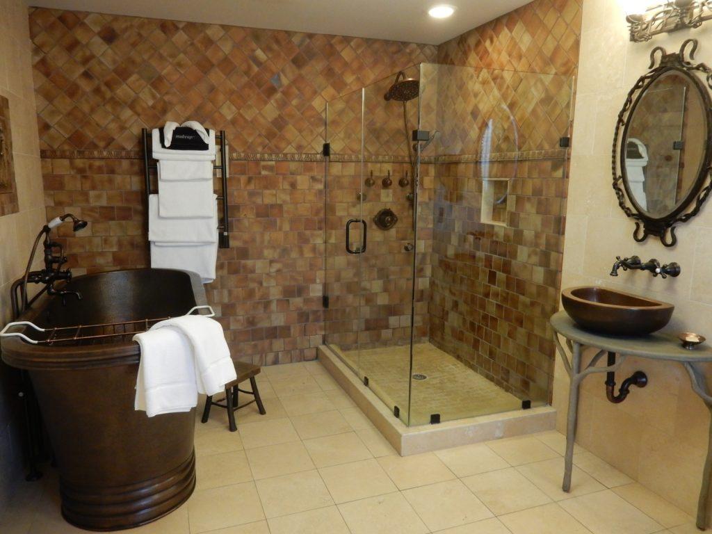 Bathroom, Inn Boonsboro MD