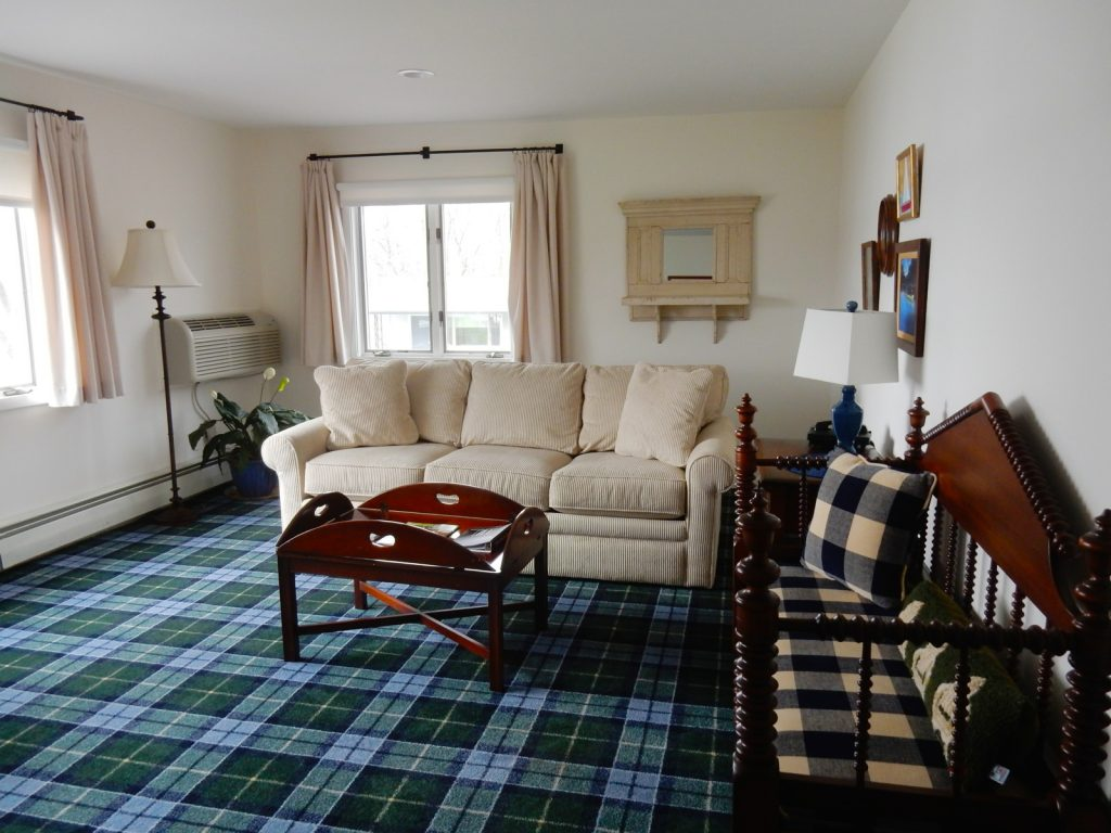 Sitting Room in Suite, Silver Birches Resort, Hawley PA